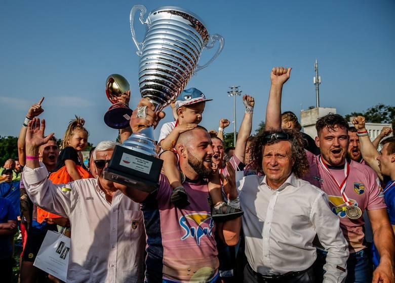 Rugbiści Ogniwa Sopot świętują zdobycie mistrzostwa Polski