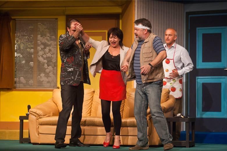 Spektakl, który przetrwał wiele burz i niepokojów w Teatrze Polskim, wciąż budzi śmiech dolnośląskiej publiczności