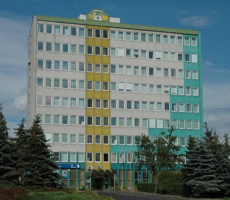 Prezydentowi miasta zarobki ustala rada. Reszta to wewnętrzna sprawa urzędu (fot. archiwum)