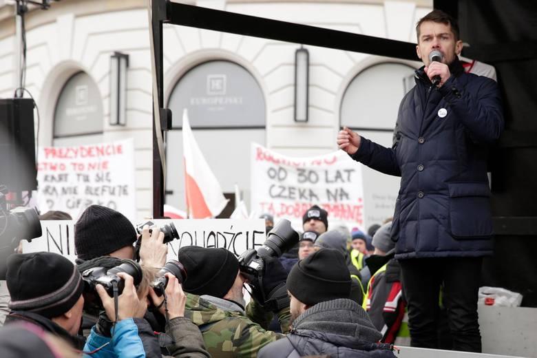 Protest rolników w Warszawie 6.02.2019. Pod Pałacem Prezydenckim było kilka tysięcy osób [zdjęcia]