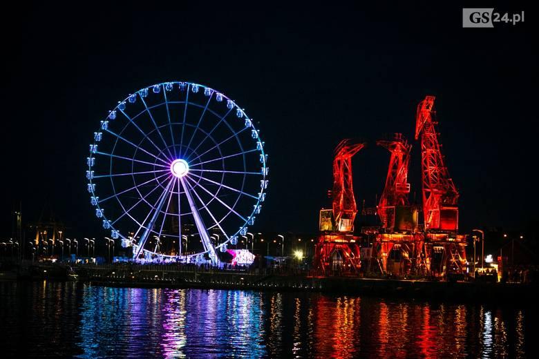 Iluminacje Szczecin: niesamowity spacer po Szczecinie z muzyką i światłem [ZDJĘCIA]
