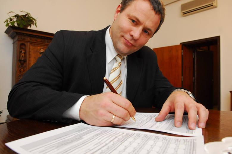 Rafał Bruski (PO) wojewoda kujawsko-pomorski od 29 listopada 2007 r. do 13 grudnia 2010 roku. Obecnie prezydent Bydgoszczy.