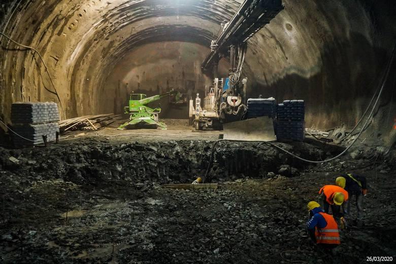 Budowa zakopianki na odcinku Lubień - Rabka cały czas trwa. Zobacz aktualny stan prac.