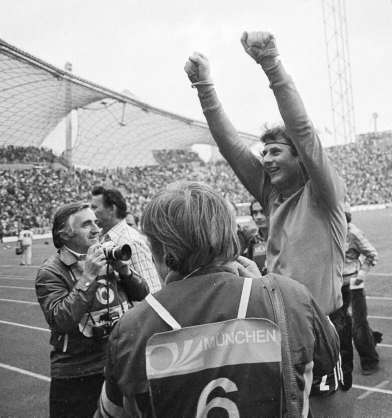 Mundial w RFN 1974. Mecz o III miejsce, Polska – Brazylia. Jan Tomaszewski - radość po wygranym meczu.