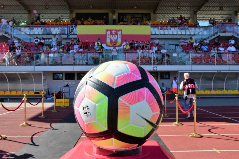 Wkrótce w Rosji rozpoczynają się mistrzostwa świata w piłce nożnej. Zapytaliśmy znanych mieszkańców Inowrocławia i okolic o to, jak oceniają szanse polskiej