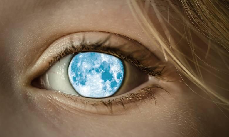 Od zarania dziejów ludzi intrygowały wszelkie zjawiska zachodzące na niebie. Dni, podczas których tarcza księżyca ukazywała się w pełni, zawsze uważane