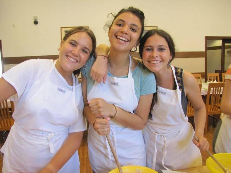 Pielgrzymi uczyli się u nas... piec chleb [zdjęcia]
