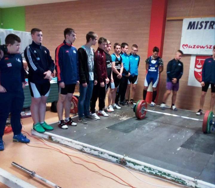 Dwaj ostrołęczanie z klubu UKS Atleta startowali w Mistrzostwach Województwa Mazowieckiego do lat 16. Jak im poszło?
