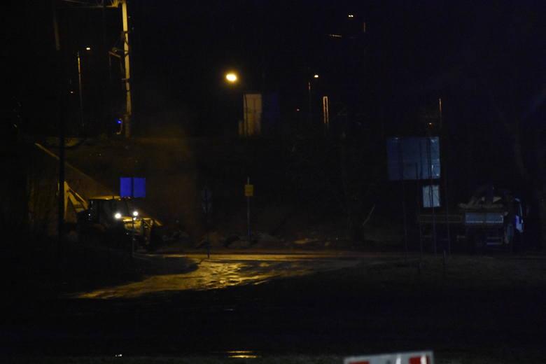 Operator koparki uszkodził gazociąg w Rybniku. Ewakuowano ludzi...