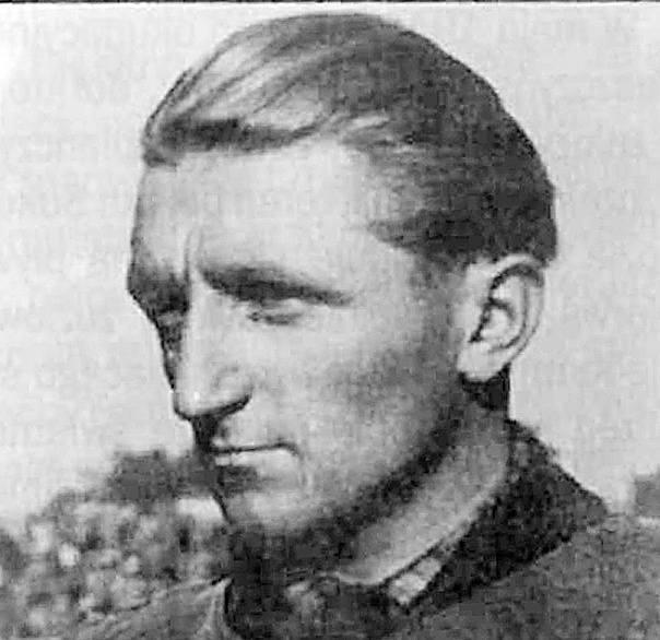 Indywidualne mistrzostwa Polski na żużlu w obecnym składzie rozgrywane są od 1949 roku. Pierwszym mistrzem kraju został Alfred Smoczyk z Unii Leszno.