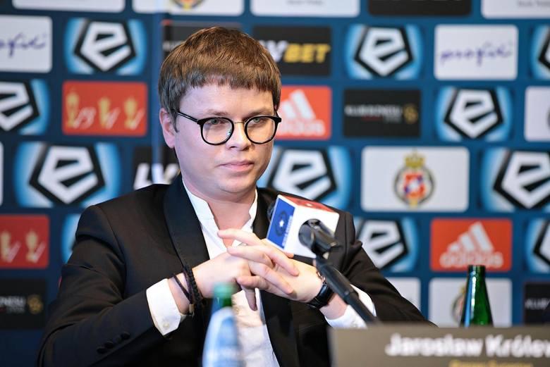 - Nie powiedzieliśmy jeszcze ostatniego słowa jeśli chodzi o rynek transferowy - powiedział 20 września na antenie Canal+ Sport Jarosław Królewski z