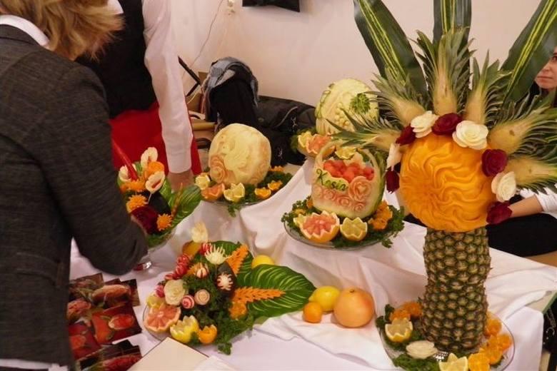 Rzeźby z owoców są bardzo popularne