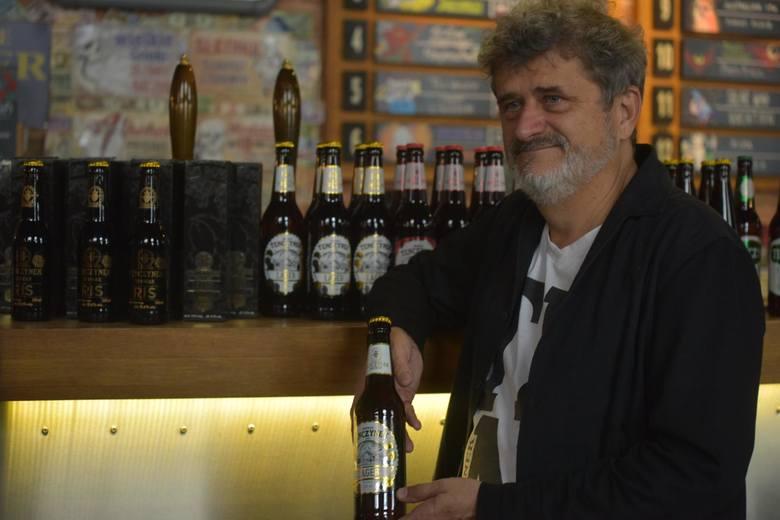 - Rynek wódki w Polsce jest trzeci co do wielkości na świecie- tłumaczy Palikot.