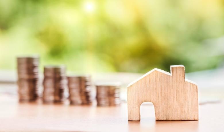 """2020 rok oznacza też wzrost wysokości rat kredytów hipotecznych. Dotyczy to 45 tysięcy kredytobiorców, którzy skorzystali w 2012 roku z programu """"Rodzina"""