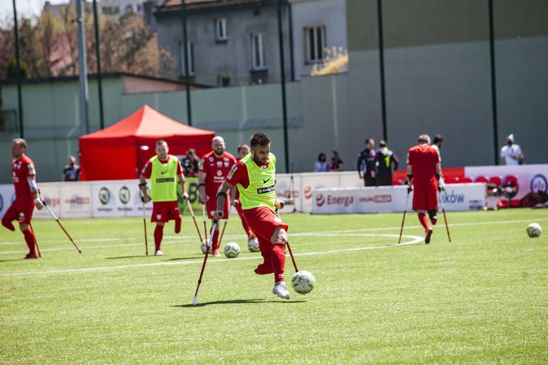 Rewanżowy mecz Polska Turcja w amp futbolu na stadionie Prądniczanki Kraków