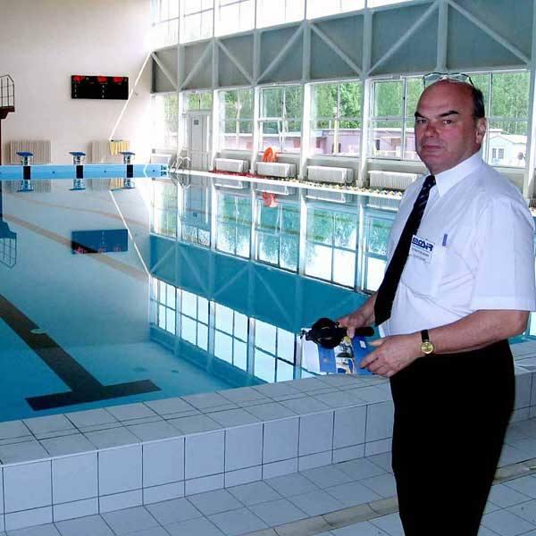 - Druga niecka rozładuje tłok panujący na naszym basenie - mówi Tadeusz Duszyński, dyrektor MOSiR.