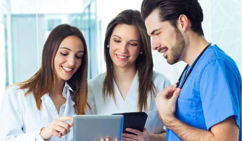 Gdzie w Polsce pielęgniarki zarabiają najwięcej. Myślisz, że wiesz? RAPORT PŁACOWY 2019 [13 maja 2019 r.]