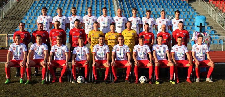 Wisła Sandomierz rozpoczyna rundę wiosenną w trzeciej lidze. Oto kadra drużyny prowadzonej przez Dariusza Pietrasiaka. Wisła Sandomierz rozpoczyna rundę