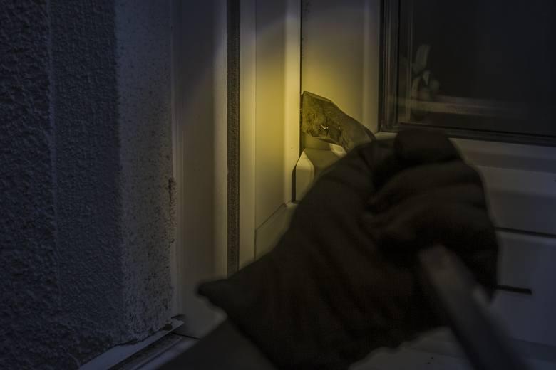 Od pierwszych dni stycznia nowego roku na terenie Międzyrzecza policjanci odnotowali kilka włamań do budynków gospodarczych. -  Łupem złodziei padły