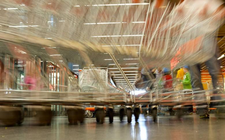 Kolejna po Żabce duża sieć handlowa będzie mogła otworzyć sklepy we wszystkie niedziele. Tym razem taką decyzję podjęła największa w Polsce sieć sklepów