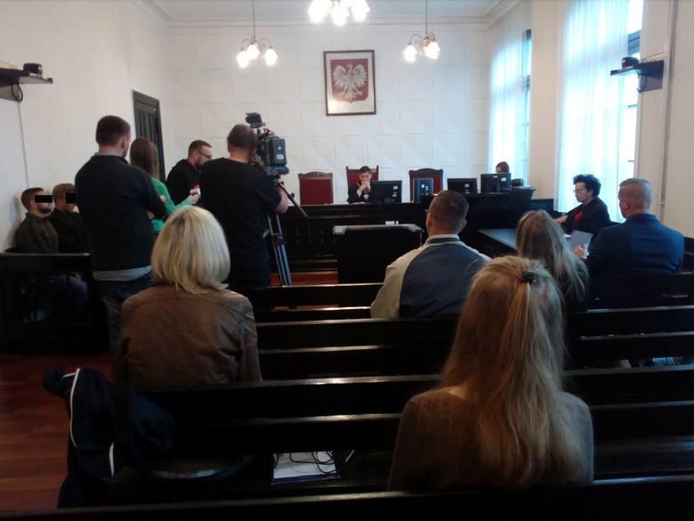 Wyrok w tej sprawie zapadnie 17 października, a wszyscy trzej oskarżeni wnieśli o uniewinnienie