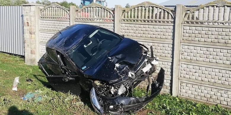 We wtorek (10 września) około godziny 16.30 doszło do karambolu w Załachowie (gmina Łabiszyn). - Na miejscu zastano trzy rozbite samochody. Jedna osoba