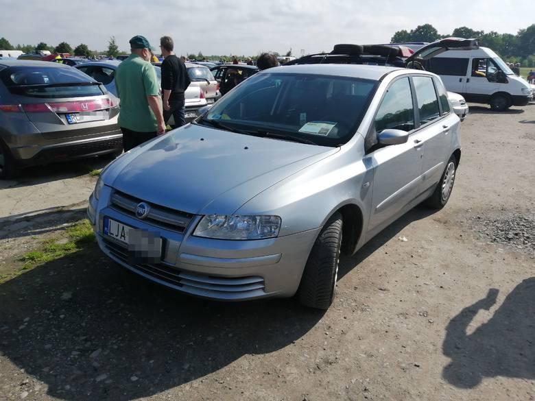 Fiat Stilo. Silnik: 1,9 diesel, rok produkcji 2007. Cena: 5900 zł.