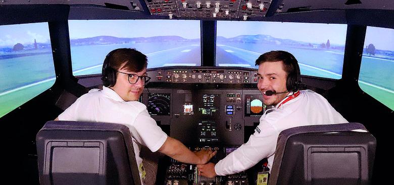 Nowoczesny symulator lotów w szkole stworzonej w Łodzi przez Bartolini Air