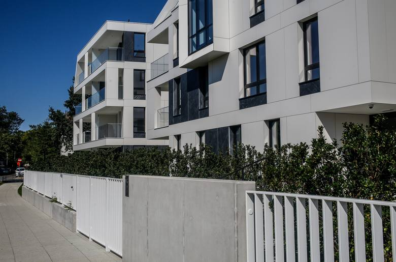 Liczba mieszkań oddanych do użytkowania przez deweloperów wyniosła w ostatnich 12 mies. 113,2 tys., co jest wartością wyższą o 8,5 proc. od tej sprzed