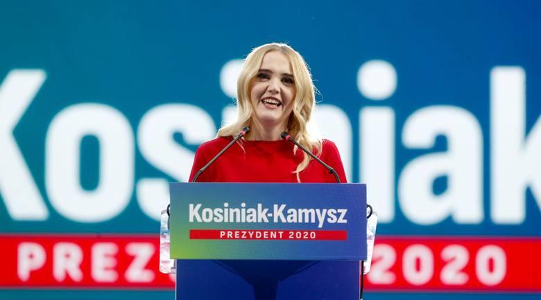 Paulina Kosiniak-Kamysz. Kim jest żona Władysława Kosiniaka-Kamysza? Ile ma lat? Wiek. Gdzie pracuje? [ZDJĘCIA]