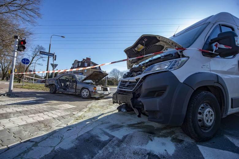 Komenda Miejska Policji w Poznaniu opublikowała listę ulic w Poznaniu, na których notuje się największą liczbę zdarzeń i kolizji drogowych.Przejdź dalej