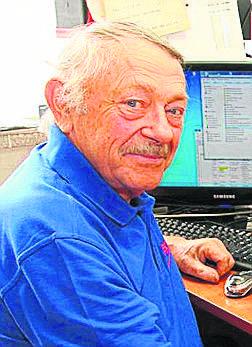 POWIAT OPOLSKISamorządność i społeczność lokalna. Rudolf Zmarzły, kronikarzRudolf Zmarzły od ponad 12 lat prowadzi stronę internetową folwark.de, która
