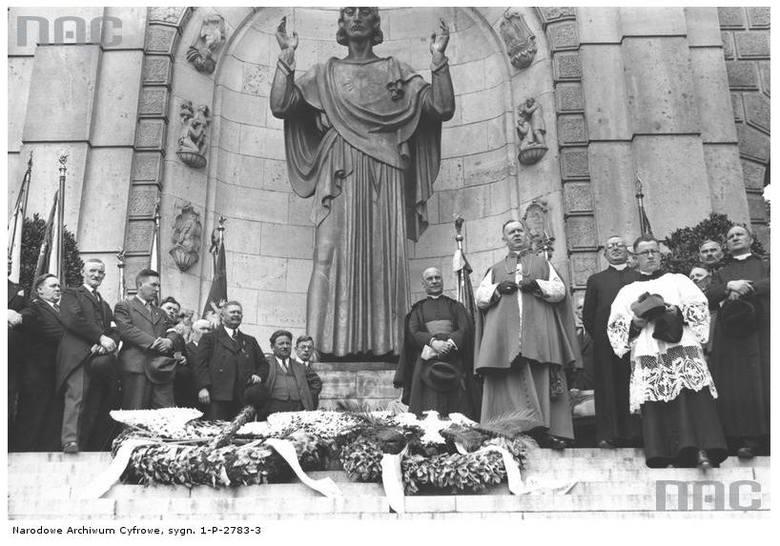 Pomnik Wdzięczności - 1937 rok