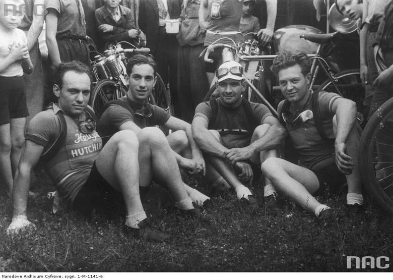 Drużyna kombinowana: Francuzi Clemens i Robillard oraz Włosi Bambagiotti i Tacca.