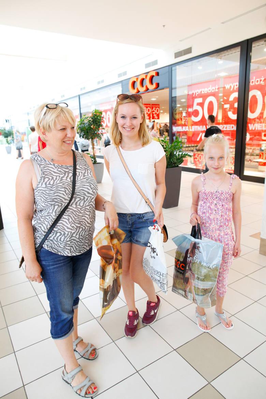Turawa Park to jedno z trzech dużych centrów handlowych w rejonie Opola. Jakie sklepy działają w galerii? Jakie są godziny otwarcia i jak dojechać do