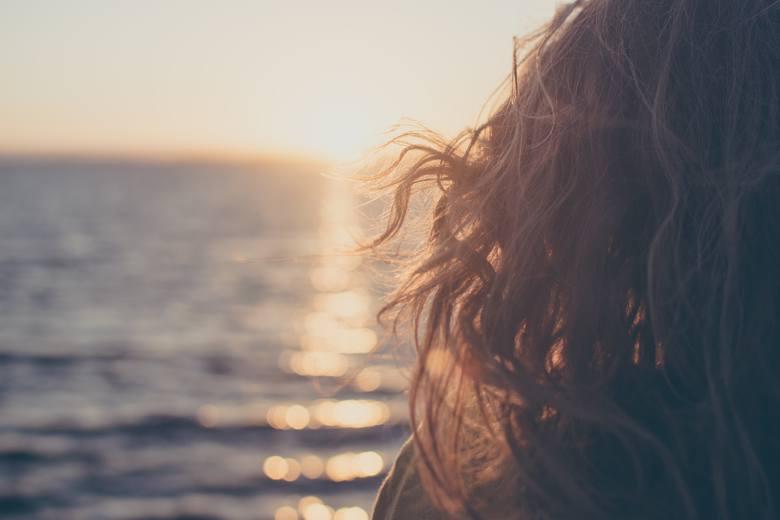 Najmodniejsze fryzury na lato, które są piękne, modne i wygodne. Cięcia, które pokochasz! [ZDJĘCIA, INSPIRACJE]