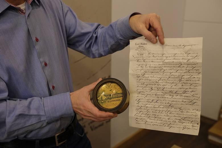 List i puszka, w której znajdowała się korespondencja, zachowały się w doskonałym stanie.