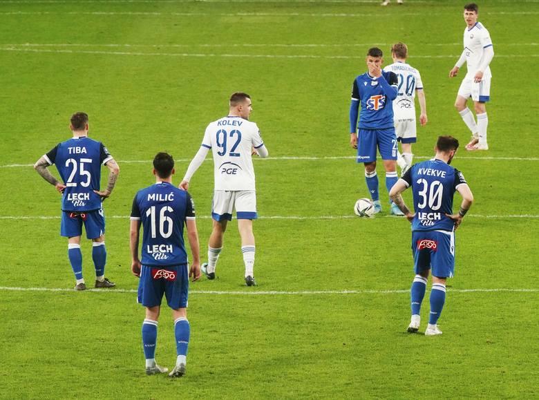 Lech Poznań przegrał ze Stalą Mielec 1:2. Goście w ciągu ośmiu minut w końcówce meczu odwrócili wynik spotkania.