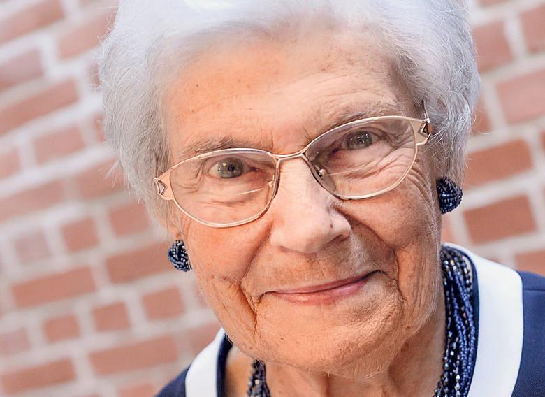 - Zachowanie sprawności fizycznej pozwala cieszyć się z życia, z drobnych i dobrych rzeczy, które nas spotykają - mówi 97-letnia Elżbieta Tatarkiewicz-Skrzyńska,