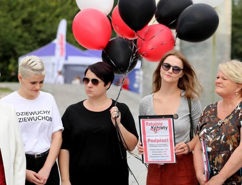 Kobiety zbierają podpisy. Bronią swoich praw