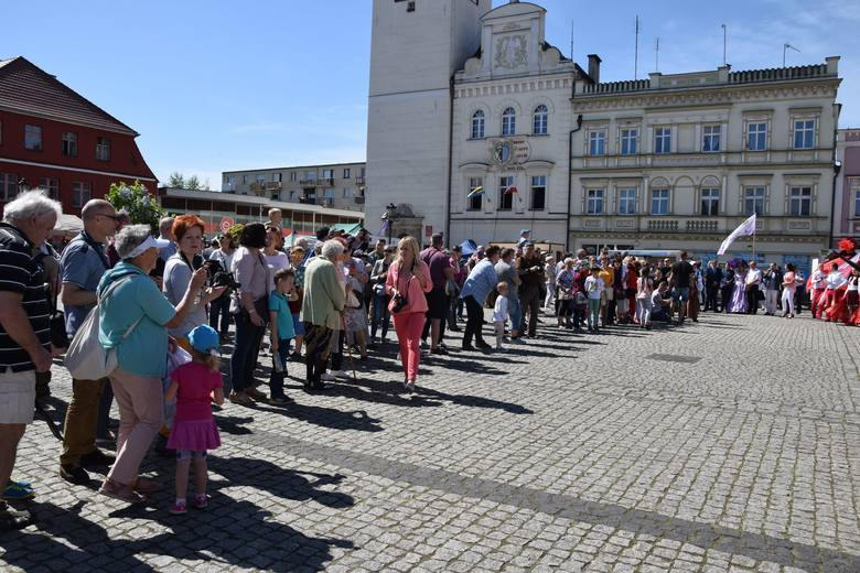 Do głowy by mi nie przyszło, by na Święto Bzów jechać do Bytomia Odrzańskiego - pisze w opinii na temat święta Jacek Zych z Nowej Soli