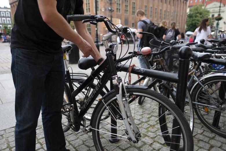Złodziejom rowerów wystarczy kilka sekund, żeby sforsować najpopularniejsze zabezpieczenia