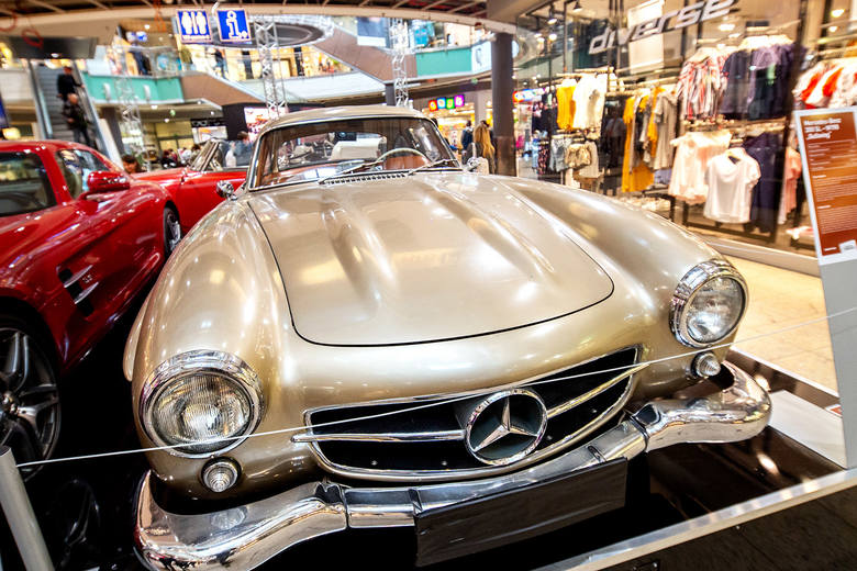 Wystawa kultowych Mercedesów w Galerii Łódzkiej i rodzinny piknik motoryzacyjny 11 maja