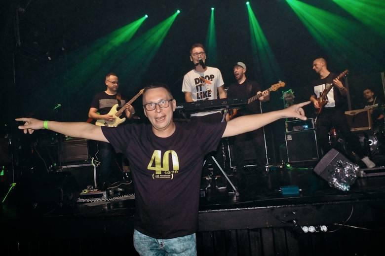 Koncert charytatywny w Praszce na rzecz zakupu defibrylatora AED.