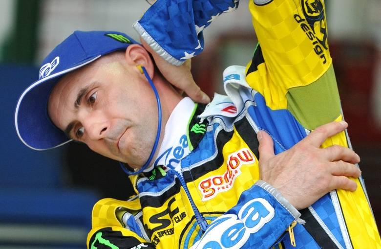 Najwięcej tytułów indywidualnego mistrza Polski na żużlu w XXI wieku wywalczył oczywiście Tomasz Gollob, bo aż cztery. Trzy złote medale na koncie ma
