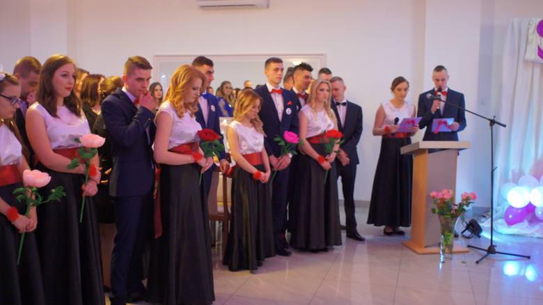 Studniówka 2018 Zespołu Szkół Powiatowych w Baranowie [ZDJĘCIA]