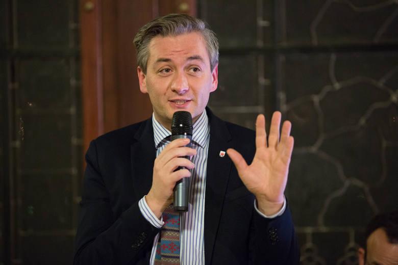 """Dwa lata prezydenta Biedronia. Podsumowanie """"Głosu"""""""