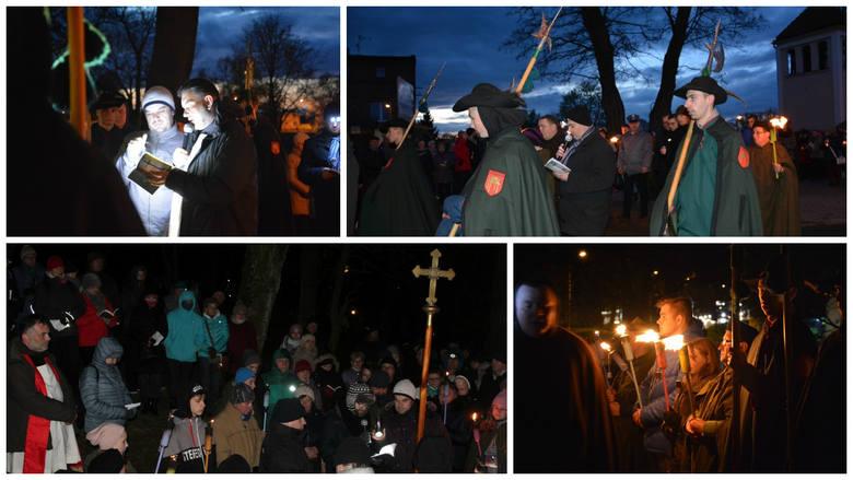To już pakoska, wielowiekowa tradycja. Mieszkańcy i pielgrzymi biorą udział w Nocnej Drodze Krzyżowej, która rozpoczyna się w Wielki Czwartek, a kończy