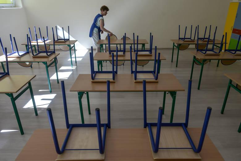 Rok szkolny 2019/2020: Za dużo uczniów, za mało nauczycieli. We wrześniu możemy się spodziewać chaosu w szkołach