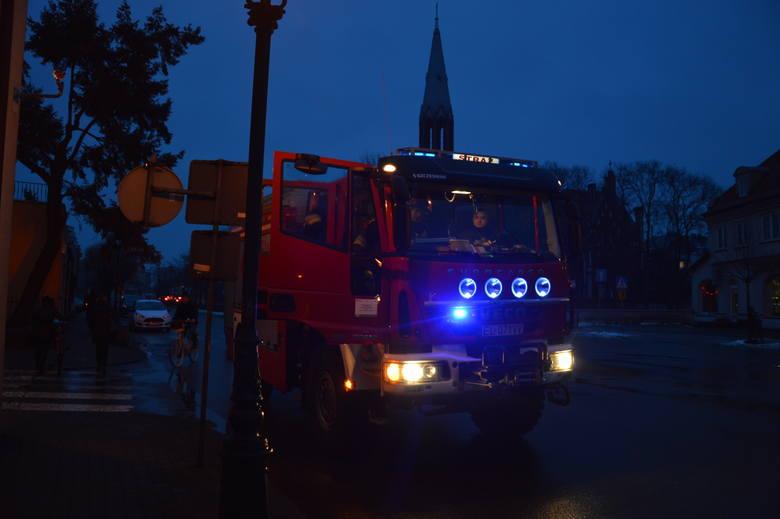 Strażacy krążyli po Łowiczu z czujnikami gazu